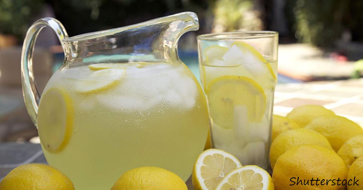 15 причин пить лимонную воду по утрам