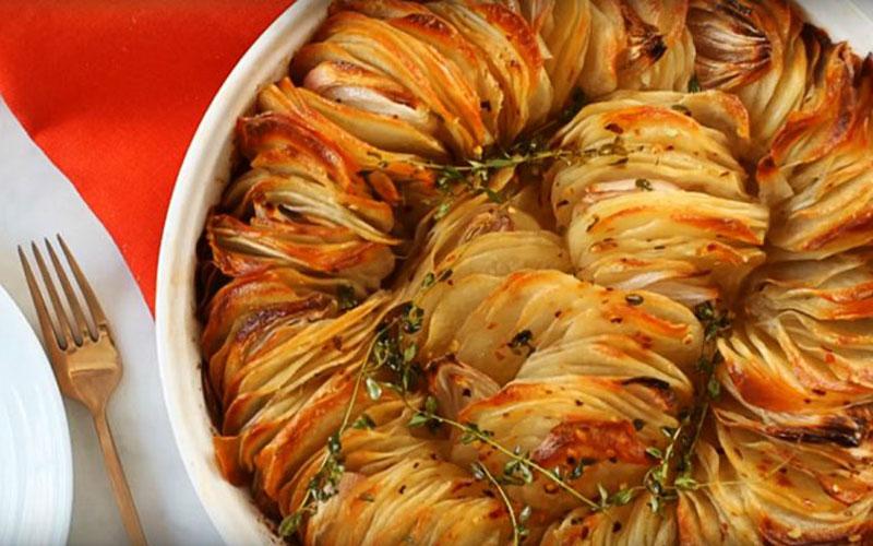 Такую оригинальную подачу ароматной картошки я еще не встречала.