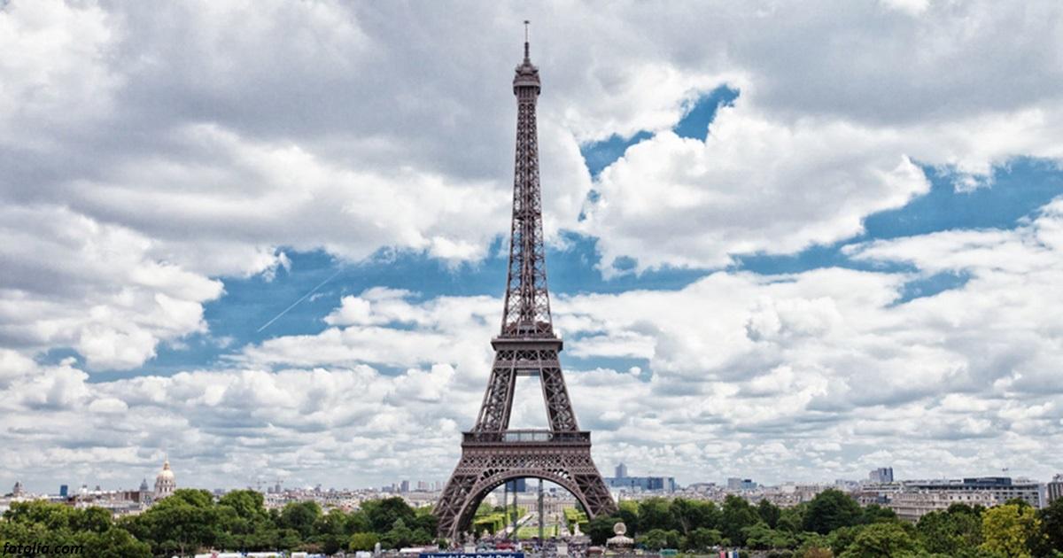 Вообще то, фотографировать Эйфелеву башню незаконно! Вот почему