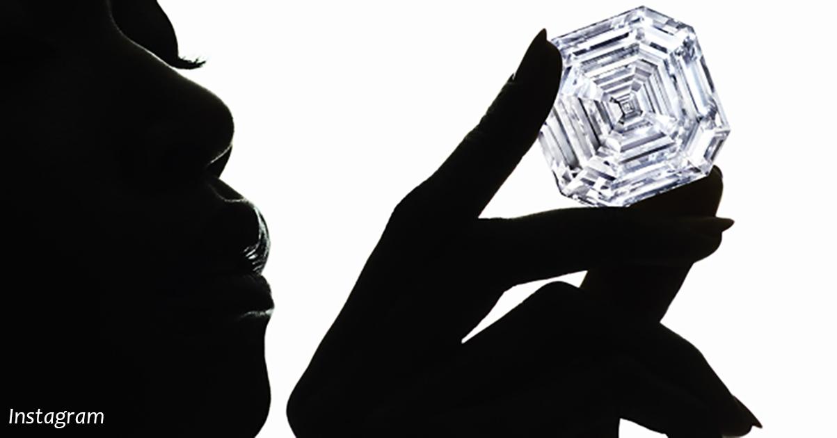 Вот как выглядит самый большой бриллиант, найденный когда либо в истории