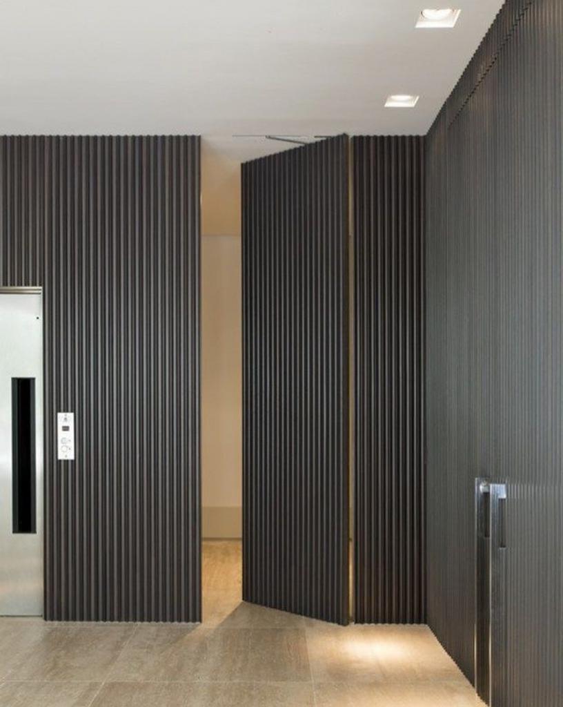 Двери-невидимки: нужно быть очень внимательным, чтобы сразу заметить их в интерьере