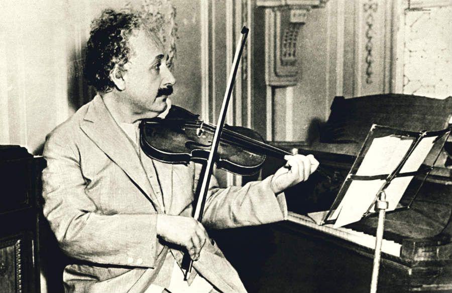 Уши голову не обманут: какой тип музыки, согласно науке, слушают умные люди