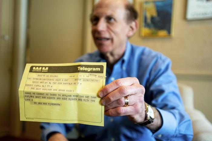 Лучше поздно, чем никогда: поздравительная телеграмма нашла адресата спустя 50 лет