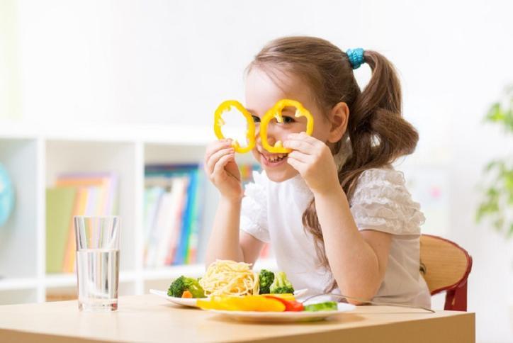 Специалисты назвали 7 продуктов, которые помогут сохранить зрение