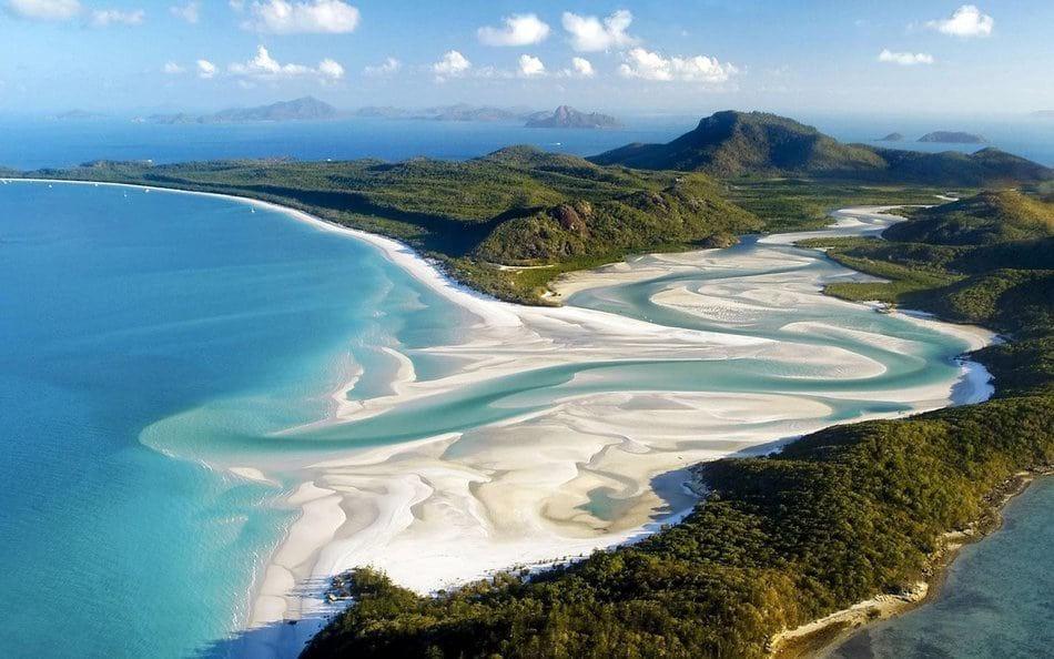 10 самых поразительных пляжей, посетить которые мечтает каждый (10 фото)