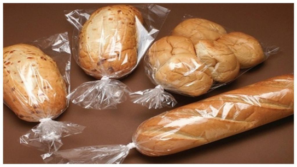 Почему никогда не стоит хранить хлеб в полиэтиленовом пакете: это просто опасно