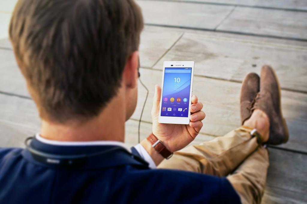 Смартфон находится на прослушке: 5 очевидных признаков, указывающих на данный факт