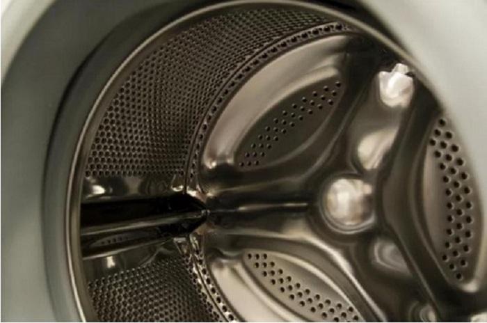 Действенный способ: как удалить неприятный запах и очистить резиновые элементы в стиральной машине