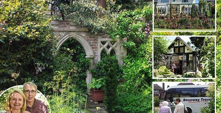 Пожилая семейная пара вырастила в своем дворе роскошный сад, посмотреть на который приезжают туристы