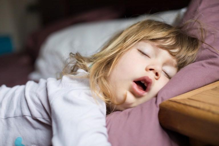 Детские вредные привычки, которые влияют на наше здоровье даже во взрослом возрасте: мнение врачей