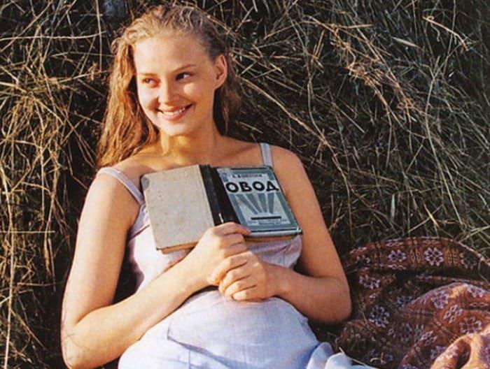 Была уникальной, а превратилась в «вешалку»: почему Станислав Говорухин поклялся не снимать в своих фильмах Светлану Ходченкову