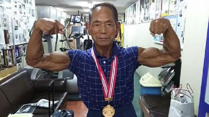 81-летний мужчина имеет настолько хорошую физическую форму, что даст фору молодому культуристу