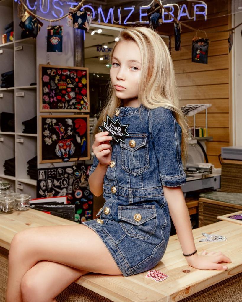 Сусанне Молчановой всего 12 лет, а ей уже пророчат славу Кейт Мосс: как выглядит юная красотка