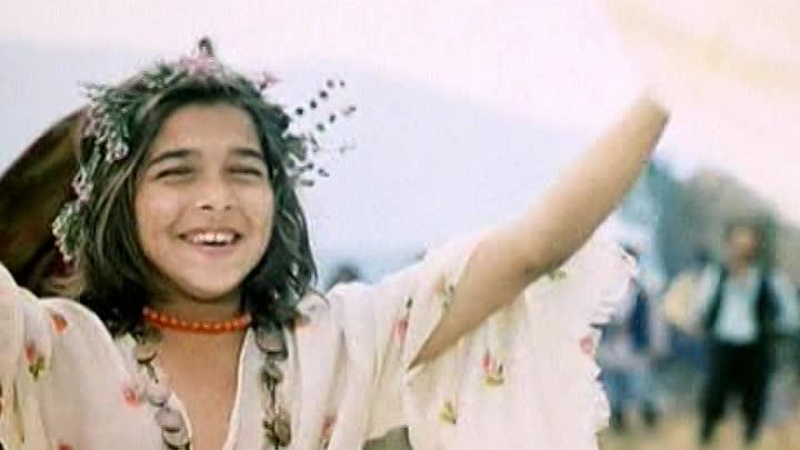Девочка-цыганка проснулась знаменитой после выхода фильма