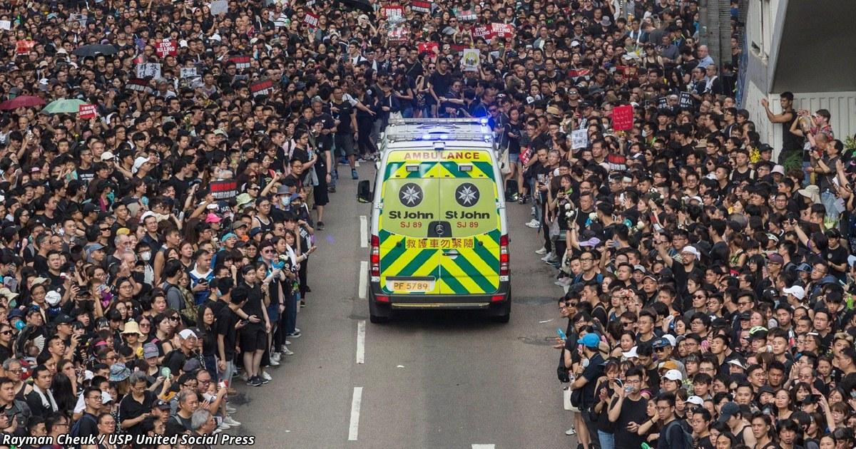14 фото с массовых акций в Гонконге: вот что такое дисциплина и уважение