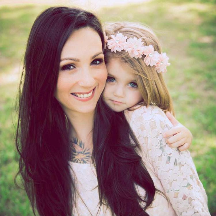 Мама и дочки картинка