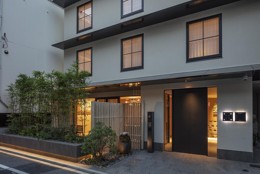 Не только завтрак в номер: в Японии появились необычные отели, которые предлагают гостям эмоции