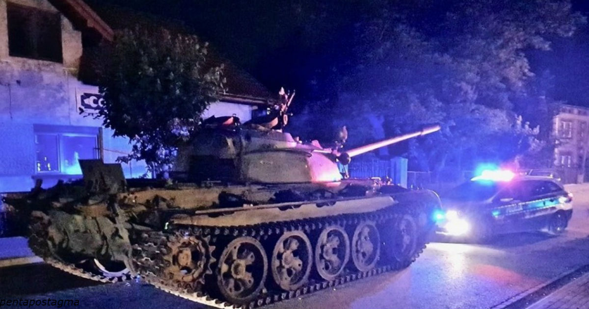 Пьяный мужчина ″вторгся″ в небольшой польский городок на советском танке