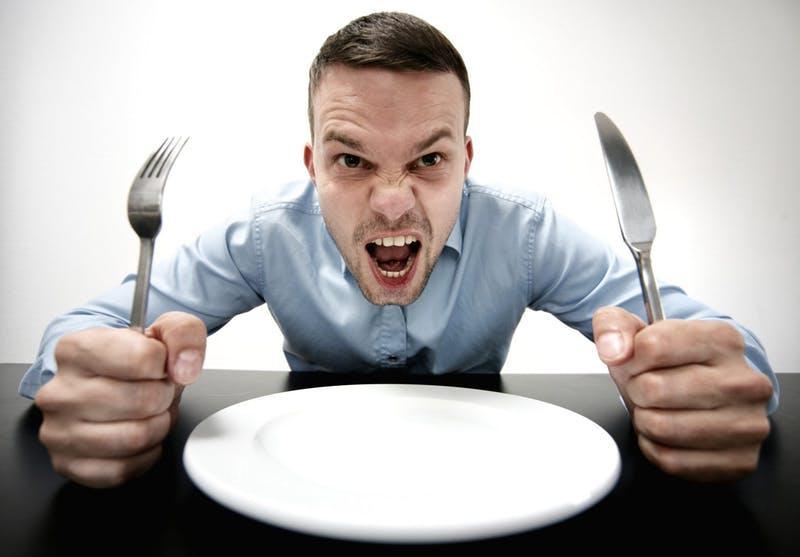 Голод влияет на наше настроение, поведение и отношения с другими людьми: данные исследований