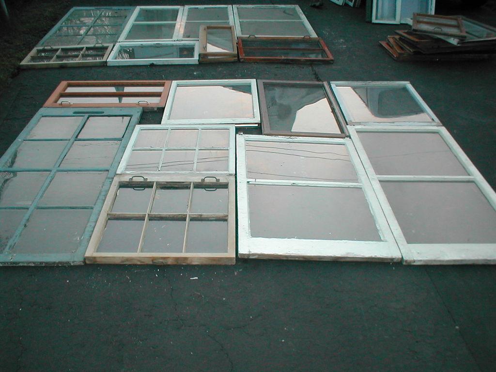 Поставили новые окна? Не выбрасываем старые! Идеи их использования в интерьере