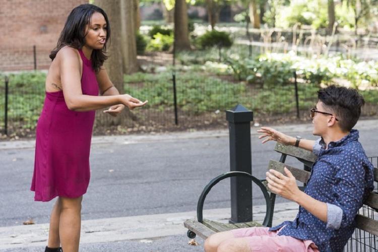 Изменение во внешности и не только: 8 удивительных признаков того, что партнер вам врет