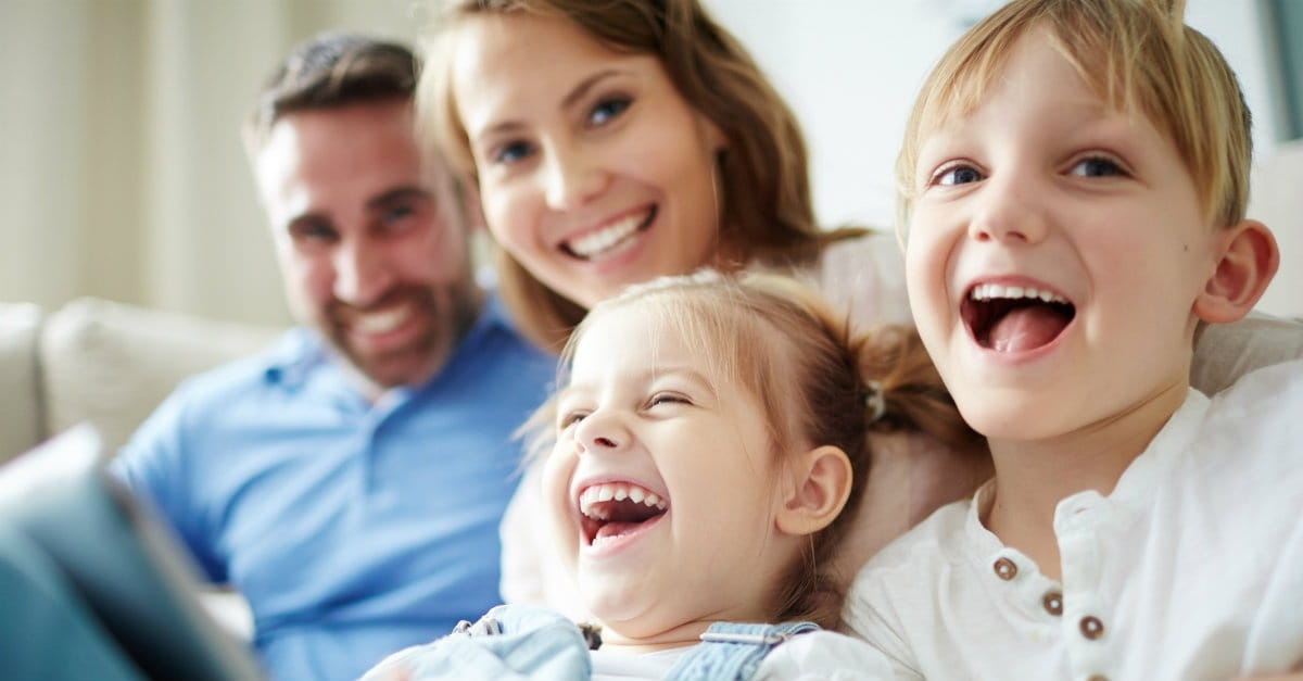 Вы всегда должны смеяться над шутками ваших детей. Вот почему