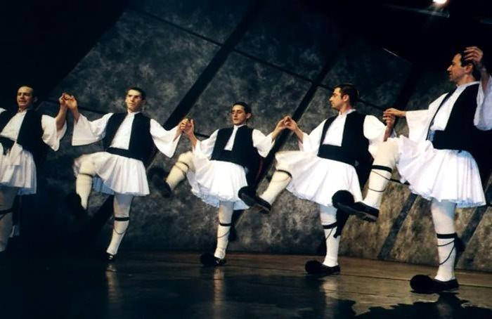 Греческий танец сиртаки видео трахнули
