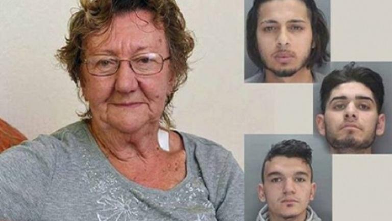Трое грабителей подошли к бабушке, которая снимала пенсию в банкомате. Реакция 77-летней женщины была молниеносной