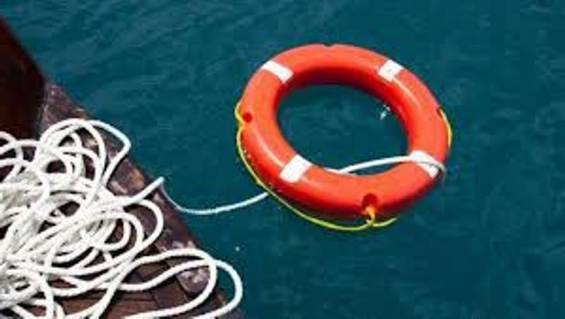 14-летняя девушка бросилась спасать тонувшего мальчика, хотя сама плохо плавала