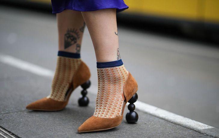Все внимание на каблук: геометрические мотивы на пике моды