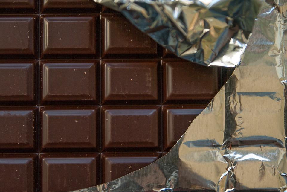 Рис с шоколадом и семечками: врачи назвали 5 продуктов, которые не принесут вреда фигуре в вечернее время