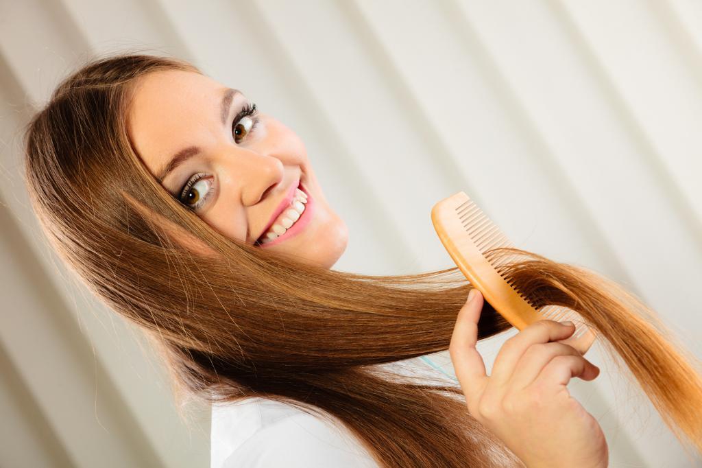 Для вьющихся, сухих волос есть несколько рецептов домашних серумов из авокадо и других продуктов