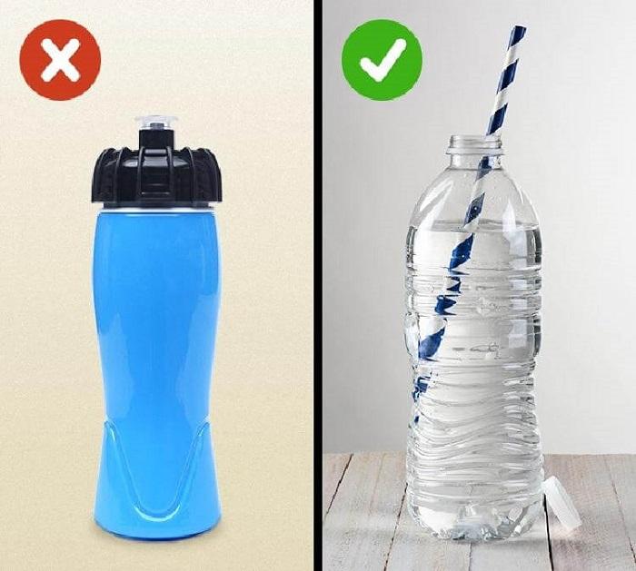 Все мы видели этот символ на бутылке с водой: какую он скрывает важную информацию