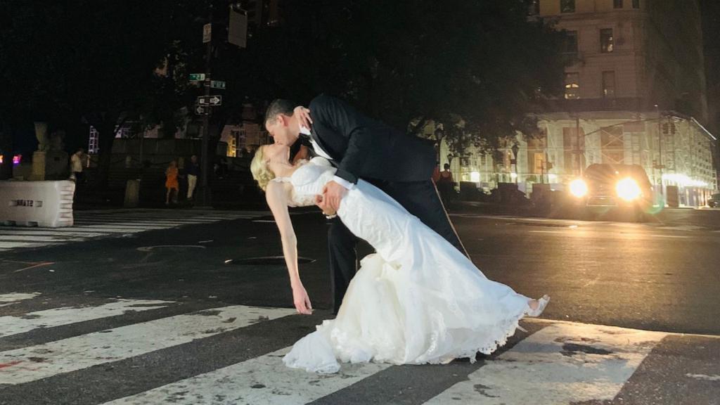 Поженился   влез в долги: сколько стоит пожениться в разных странах