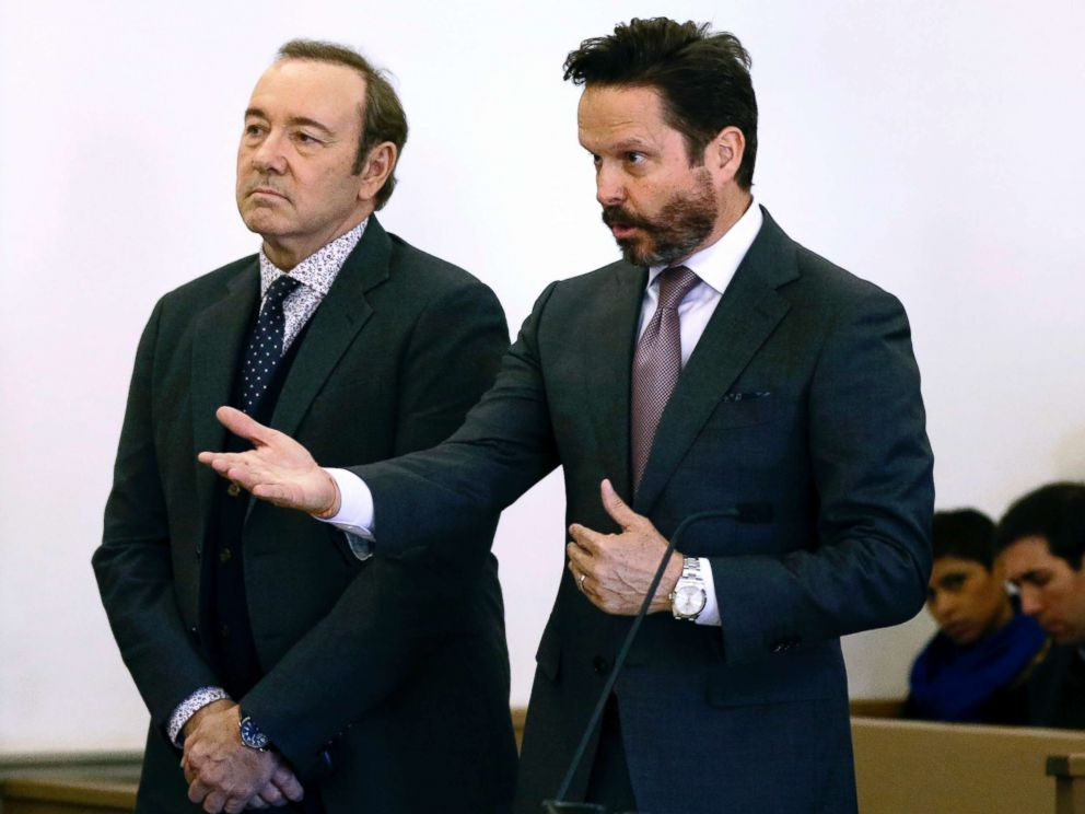 С актёра Кевина Спейси сняли обвинение в сексуальном насилии
