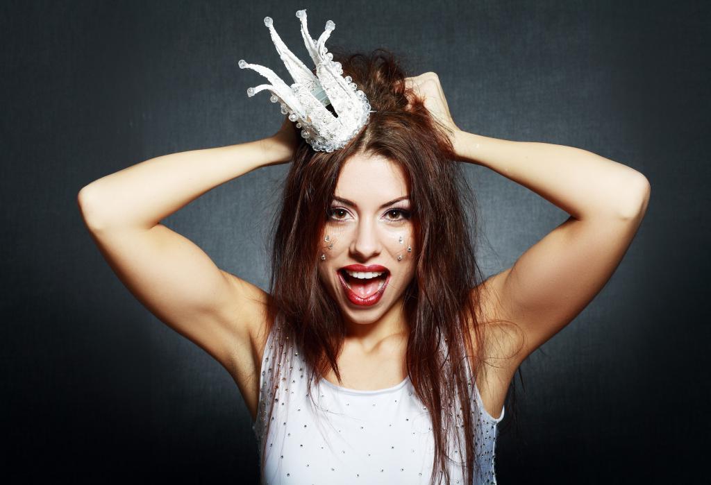 Смешные картинки сумасшедших женщин