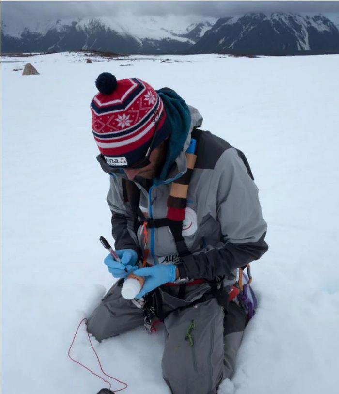 Новый проект рекордсмена-исследователя Борге Оусланда: он отслеживает резкое таяние двадцати крупнейших ледяных шапок мира,путешествуя по ним