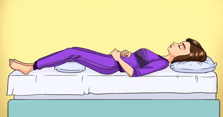 Я нашла позы для сна, которые облегчают боль в спине: делюсь с вами