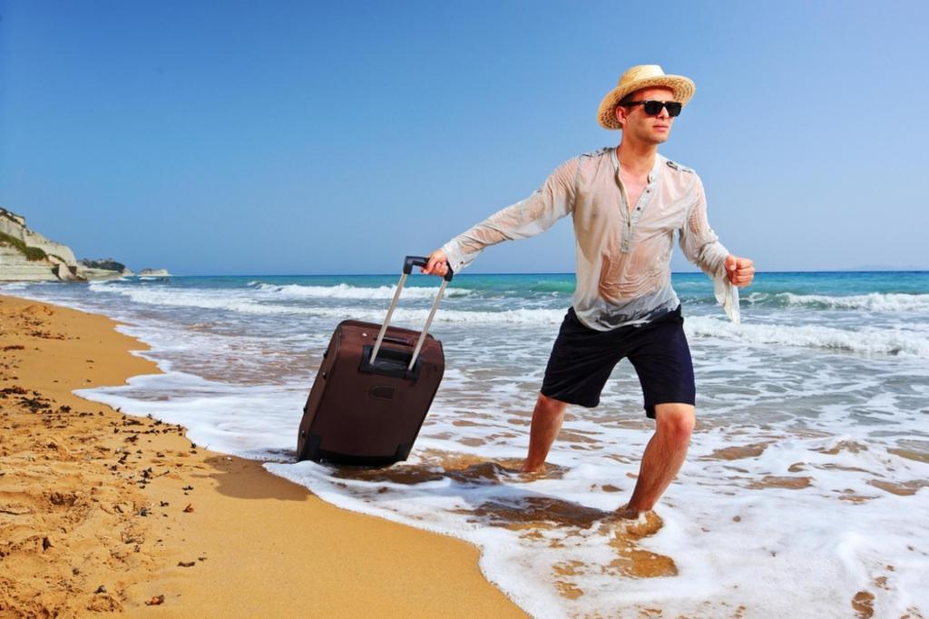 Почему врачи не рекомендуют сразу мыться, как только вы вернулись из отпуска