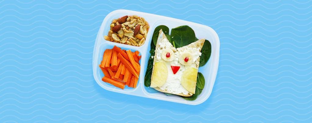 От пасты до овощных нарезок. Известные повара рассказали, что они обычно складывают в школьные ланч-боксы своих детей