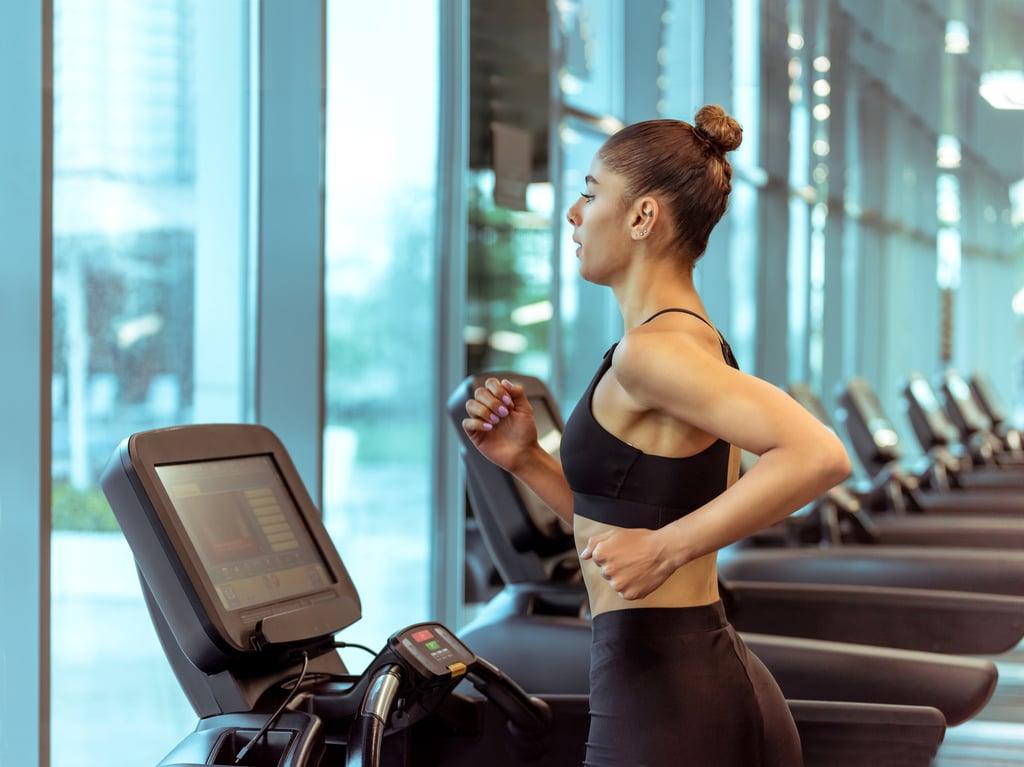 Специалисты рассказали, как эффективнее всего сжечь жир внизу живота: о пользе кардионагрузок
