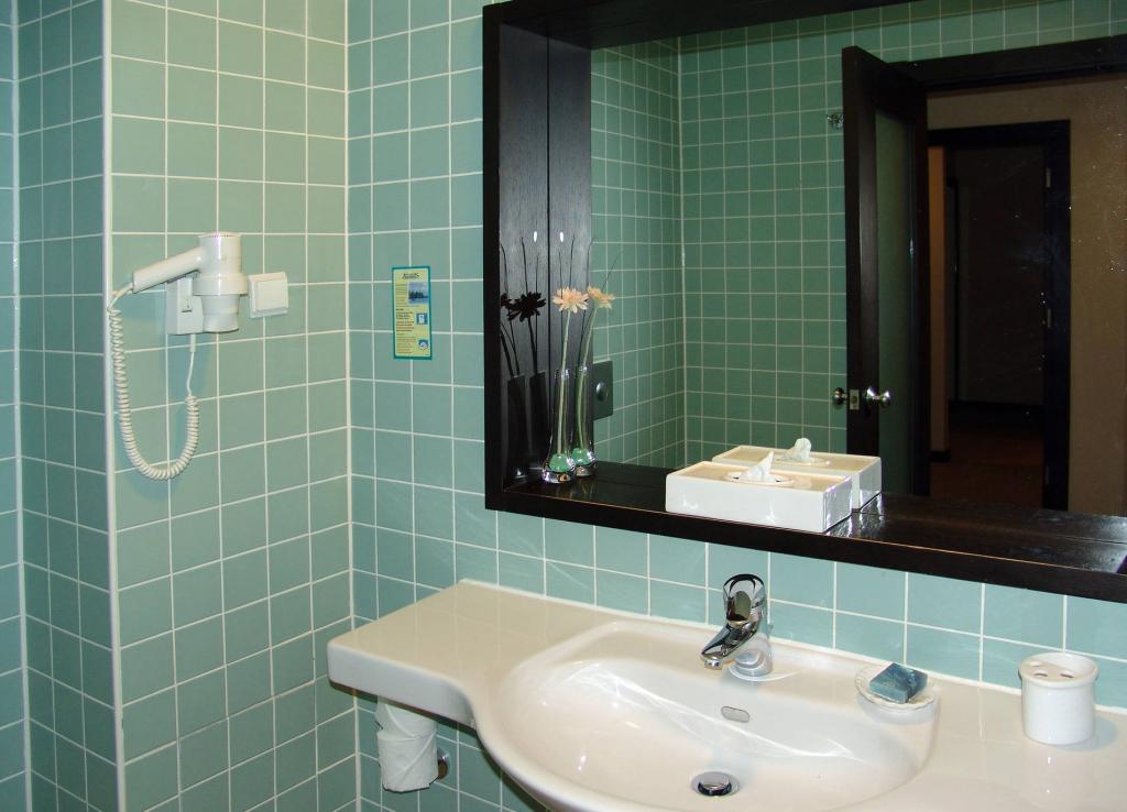 Не только для улыбки: как я использую зубную пасту, чтобы сделать дом чище, справиться с неприятными запахами и не только
