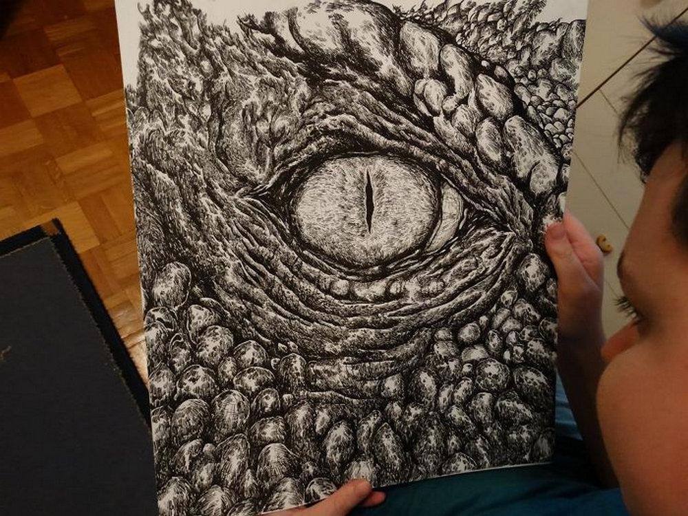 Родители купили своему 2-летнему сыну карандаш и холст. Сегодня ему 16, и его необычные картины завоевывают мир