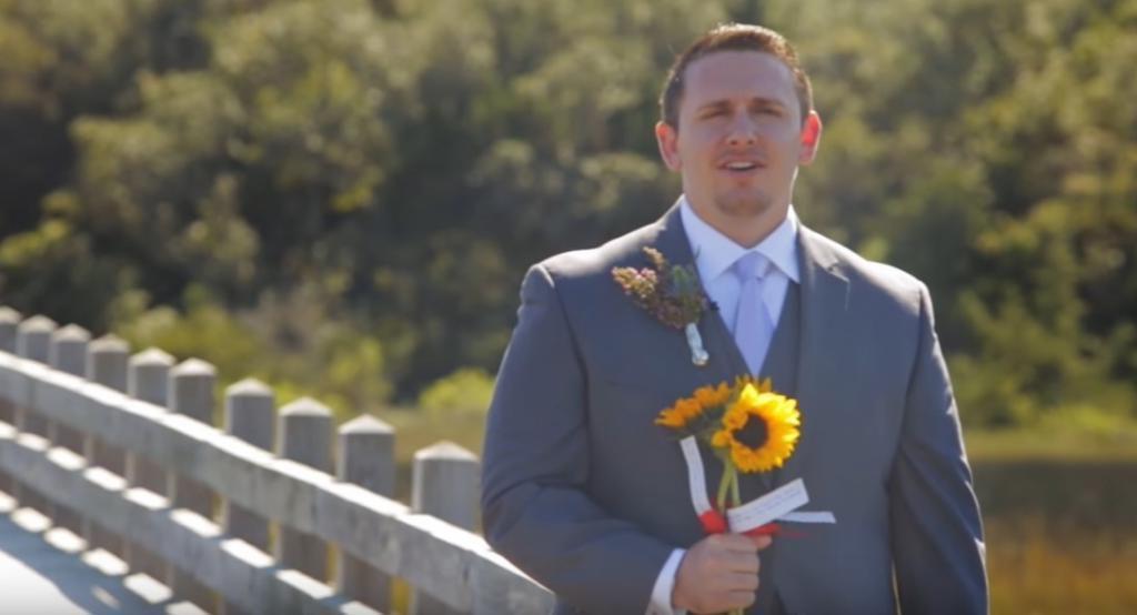 Невеста решила разыграть жениха, появившись в необычном образе. У нее получилось