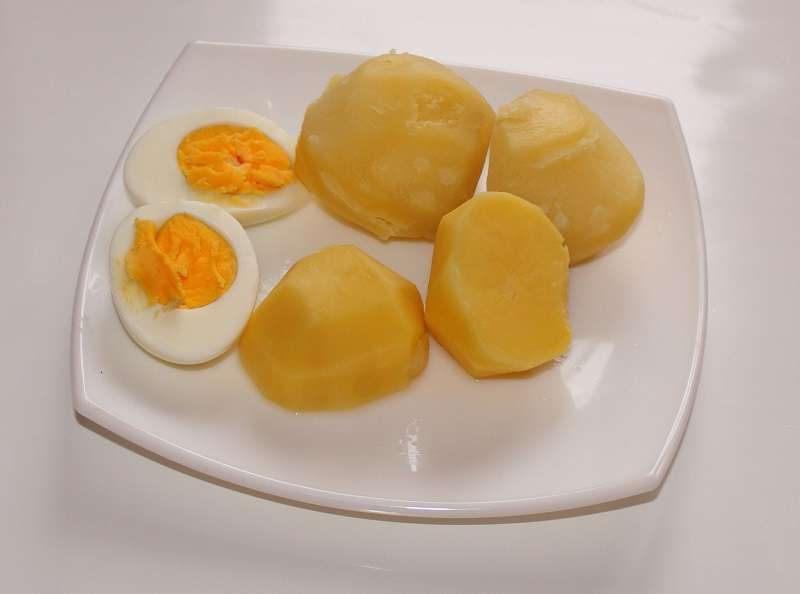Я тебе не пара: оказывается, яйца нельзя употреблять совместно с некоторыми продуктами. Жаль, что раньше этого не знала