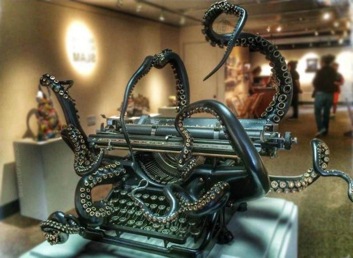 Обратная сторона Юпитера, пишущая машинка «Осьминог»: самые знаковые фото в Интернете
