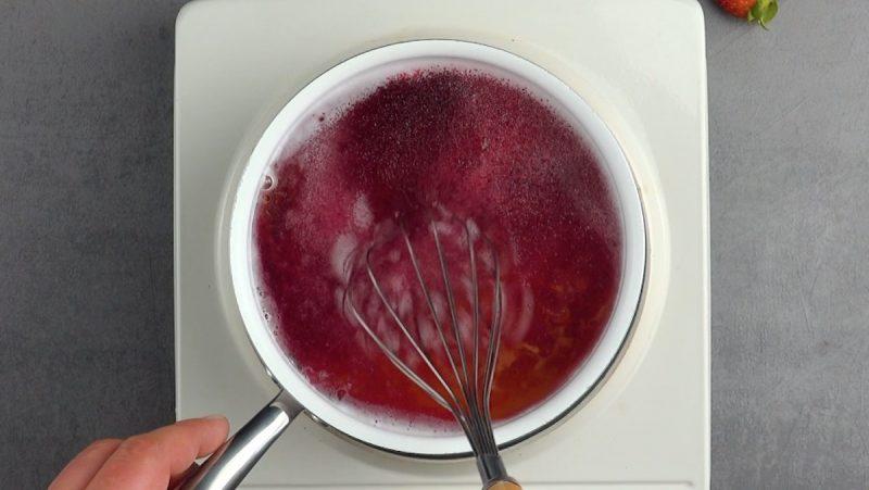 Сделано с любовью: рецепт муссово желейного десерта, который понравится романтикам