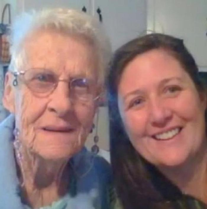 Когда ты будешь на небесах, дай знать и подкинь мне пенни : внучка обратилась к умирающей бабушке с необычной просьбой