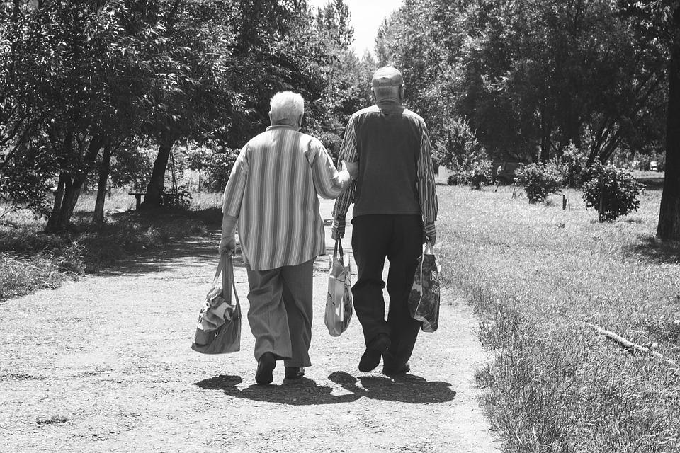 Как дедуля с бабулей баловаться решали. Забавная история
