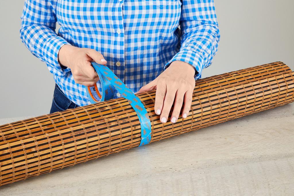Мы ошиблись и купили бамбуковые жалюзи не по размеру, но мужу удалось подогнать их под наше окно: делюсь лайфхаком